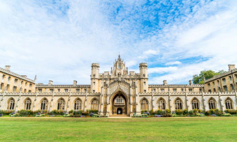 virtual reality college tours