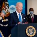 Photo of Biden starts COVID relief bill while preparing for next big legislative push